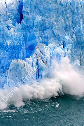 Ice breaking off the face of the Perito Moreno Glacier located in the Los Glaciares National Park in the south west of Santa Cruz province, Patagonia, Argentina.